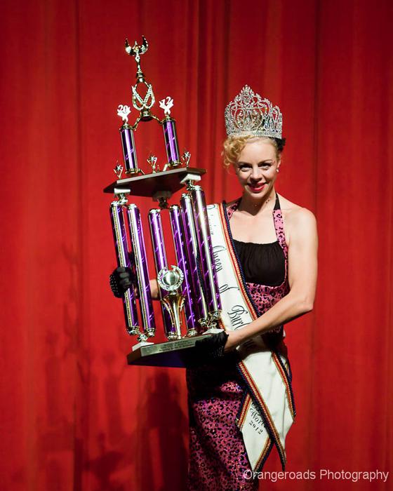 Reigning Queen of Burlesque 2012: Imogen Kelly!  ©OrangeRoads Photography