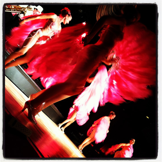 The Hot Pink Feathers on stage. ©Bobbie Burlesque