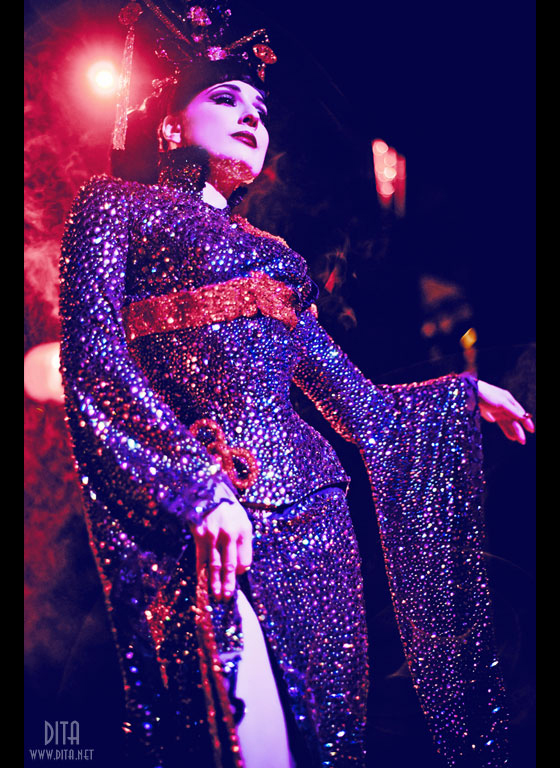 Dita's incredible 'Opium Den' costume, by Catherine D'Lish. ©Kaylin Idora.  Not to be used without permission.