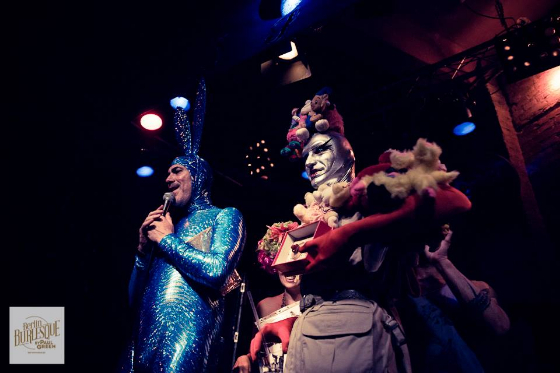 Scotty the Blue Bunny and Hedo Luxe at the Dixie Evans Week show in Berlin.  ©Paul Green