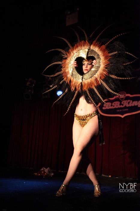 Xarah Von Den Vielenregen at the New York Burlesque Festival 2013.  ©Don Spiro