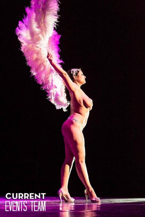 Lady Divina at the San Antonio Burlesque Festival.   ©San Antonio Current