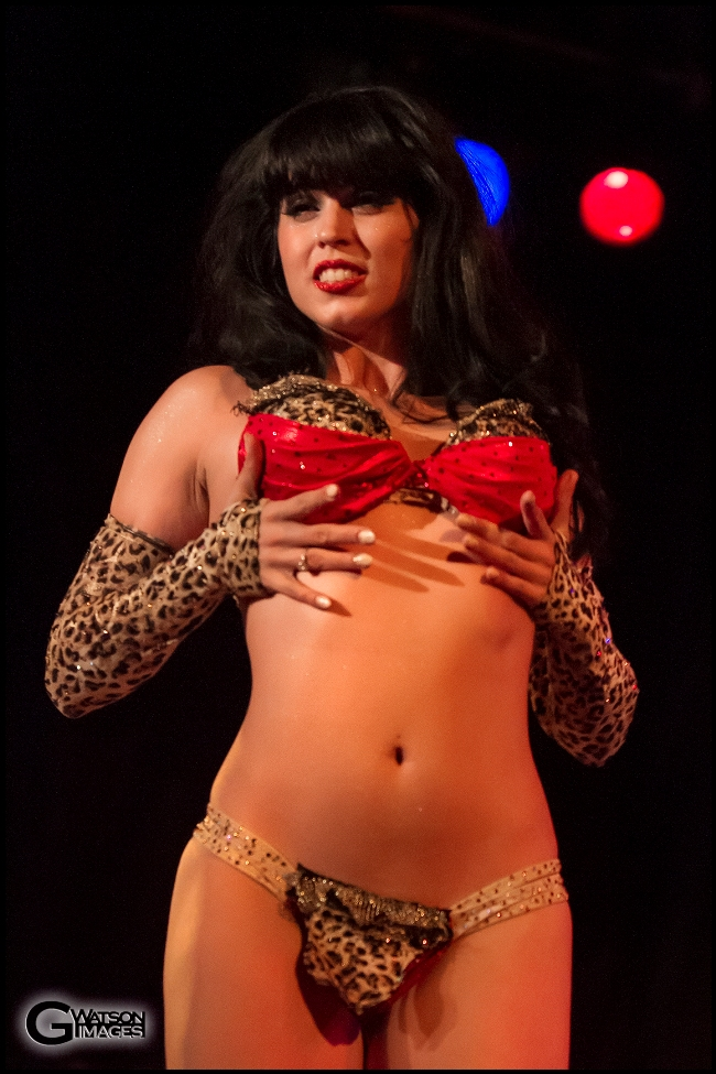 Ginger Valentine in Michelle L\'amour\'s Old Time Strip Show   ©G.Watson Images
