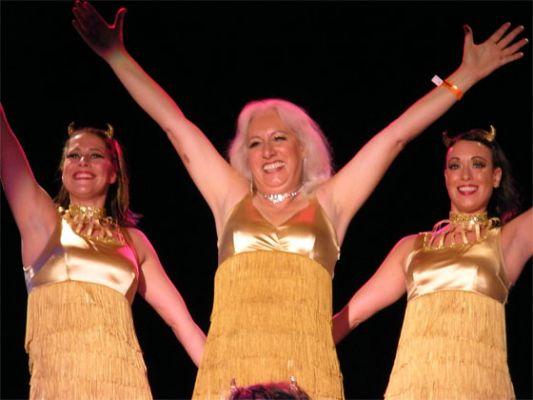 Viva La Fever with the Devilettes, TOR 2008.  ©Holli-Mae Johnson