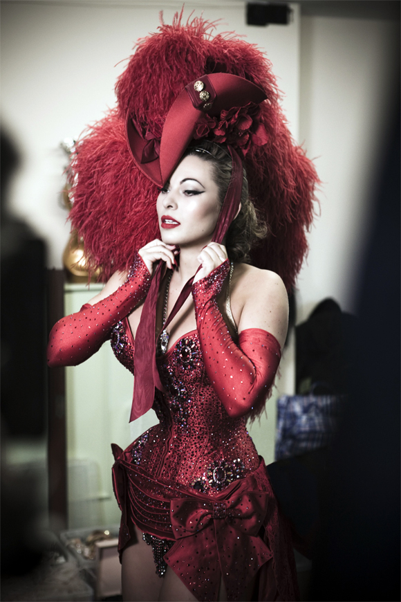 One of Immodesty's magnificent ensembles, as seen in 'Burlesque Undressed'.  (©Immodesty Blaize  Please ask permission before using this image.)
