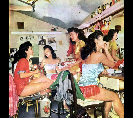 Performers backstage at Forbidden City. (Race and Burlesque: The curious case of the performer of colour.)
