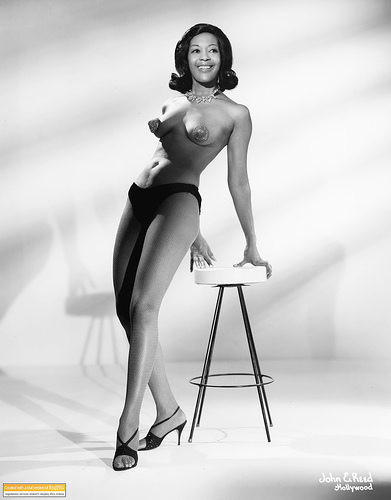 Burlesque Legend Toni Elling. (Courtesy of Jo Weldon/Burlesque Daily).