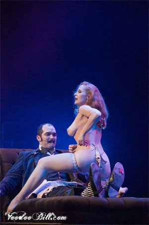 Catherine D'Lish and Russell Bruner at the Vancouver International Burlesque Festival. ©Voodoo Bill