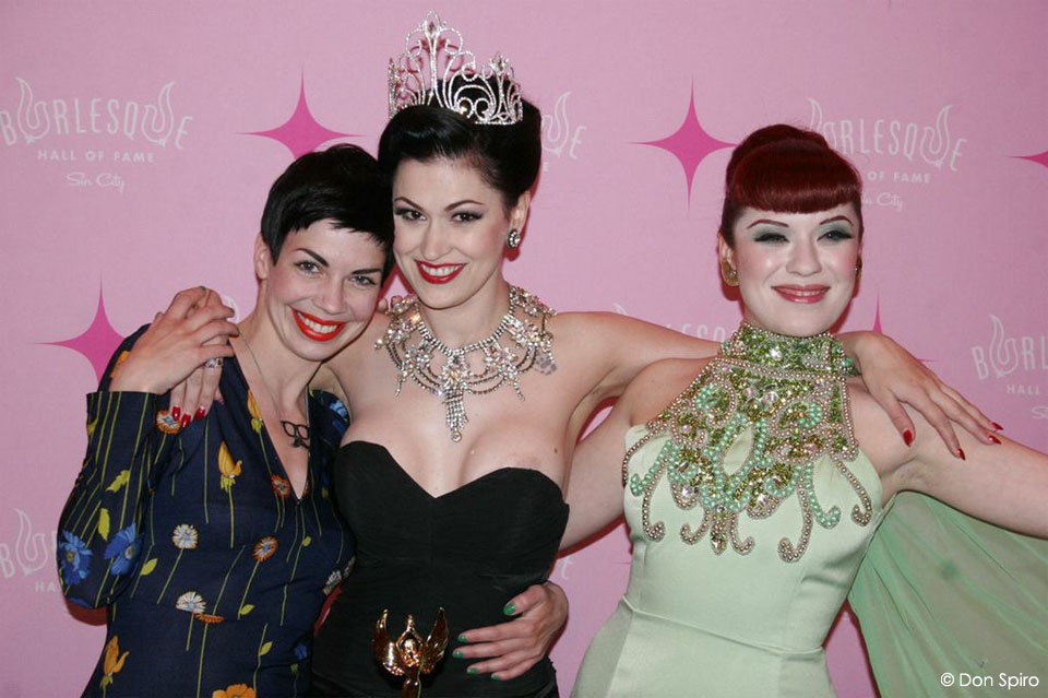 LouLou D'vil with fellow European winners, Laurie Hagen - 'Most Innovative' (left), and Lada Redstar - 'Best Debut' (right).  ©Don Spiro