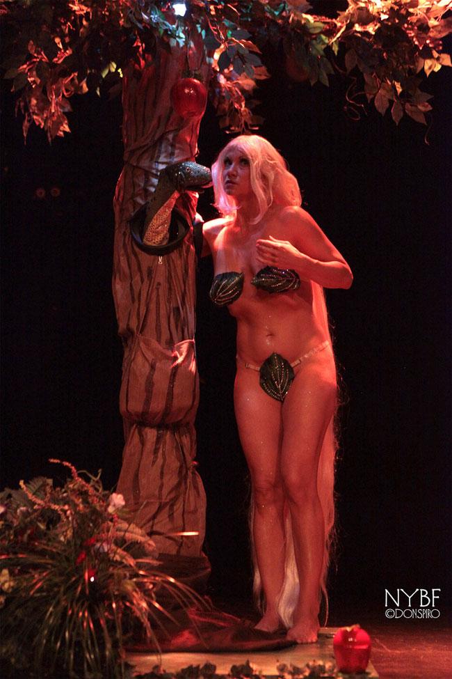 Kay Sera at the New York Burlesque Festival Thursday Night Teaser Party. ©Don Spiro