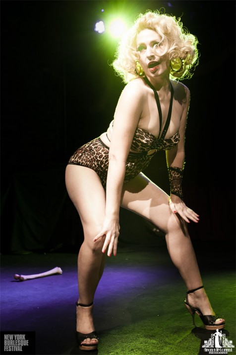 Minnie Tonka at the New York Burlesque Festival Friday Night Premiere Party. ©Angela McConnell
