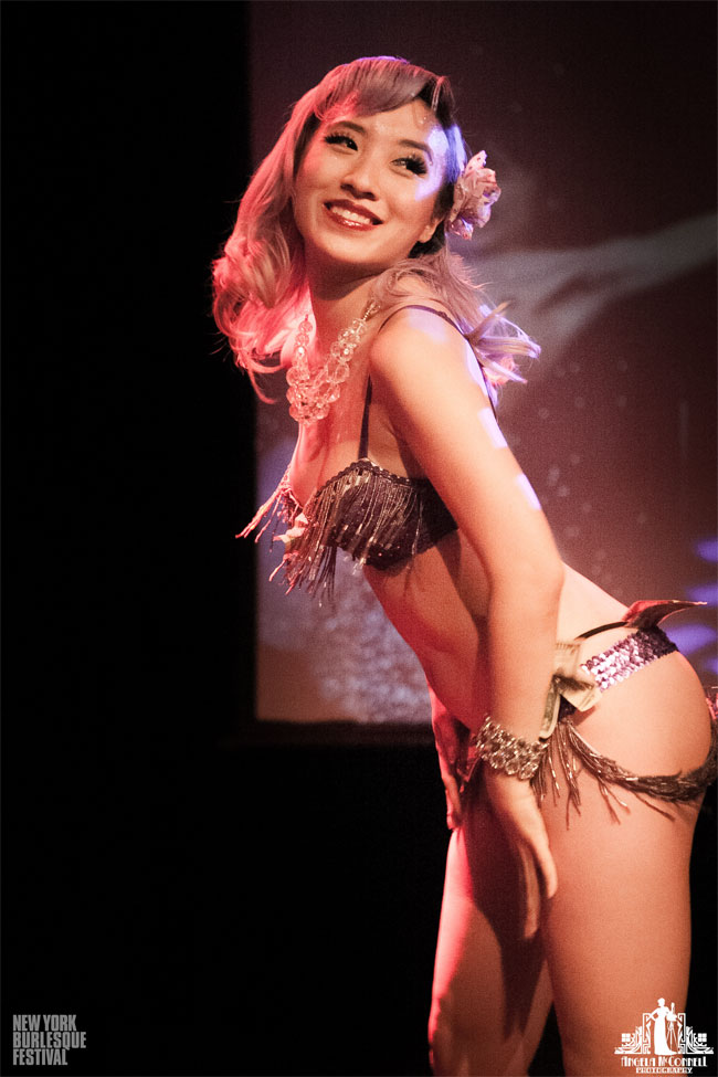 Stella Chuu at the New York Burlesque Festival Thursday Night Teaser Party.  ©Angela McConnell