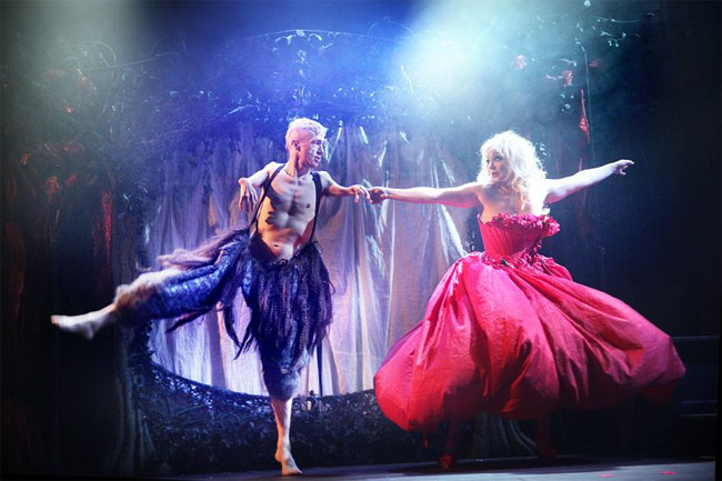 Julie Atlas Muz and Mat Fraser in Beauty and the Beast. ©Sheila Burnett (Exposed: Julie Atlas Muz and Mat Fraser)