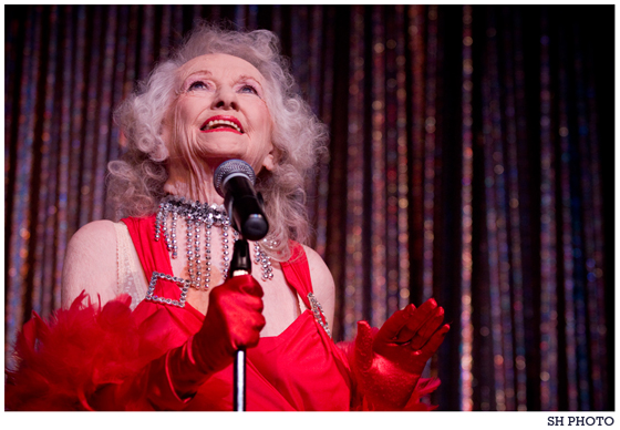 Dixie Evans at the Burlesque Hall of Fame Weekend. ©S.H. Photo
