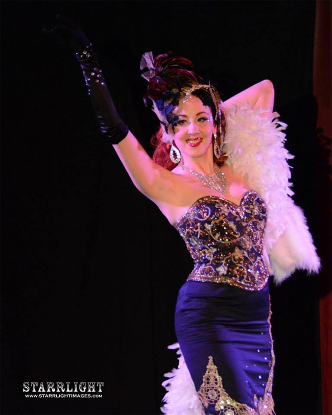 Ruby Joule at the Alabama Burlesque Festival.  ©Starrlight Images