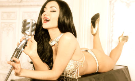 Burlesque Beauty: Melody Sweets