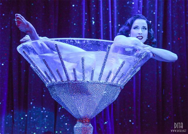 Dita Von Teese in Strip Strip Hooray! in Chicago, 2013.  ©Scott Harrison (The Burlesque TOP 50 2013)