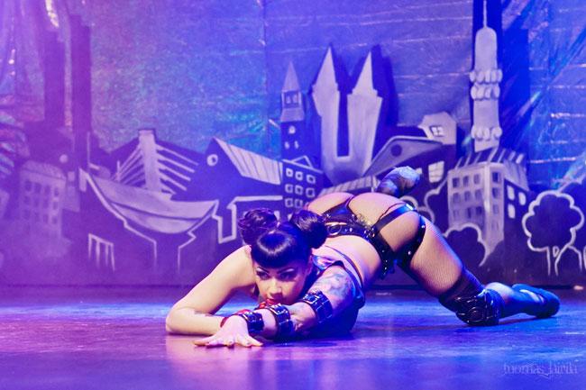 British burlesque star Anna Fir Laxis at the Helsinki Burlesque Festival.  ©Tuomas Lairila