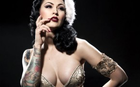 Burlesque Beauty: LouLou D'vil
