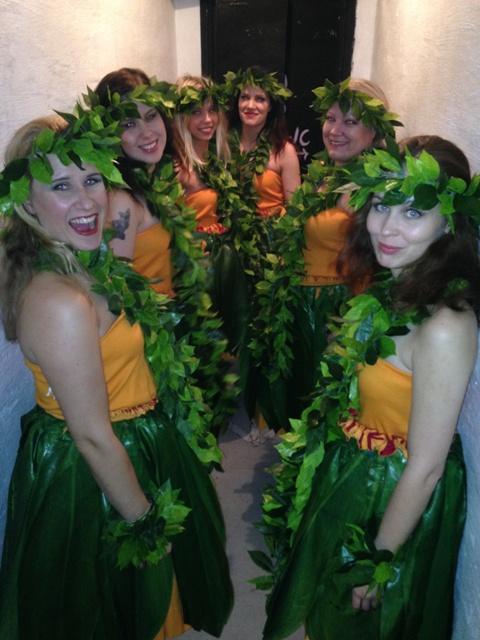 The Polynesian dance troupe. ©Kitten LaRue and Lou Henry Hoover (Kitten n' Lou's Helsinki Burlesque Festival Diary)