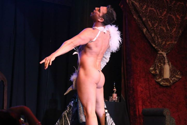 Jett Adore at the Show Me Burlesque Festival 2014.  ©Richard Just