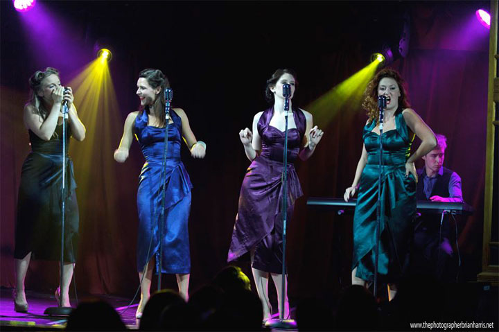 Four Femmes on the Thames in Cirque du Cabaret.  ©Brian Harris (Review: Cirque du Cabaret - London Wonderground 2014)