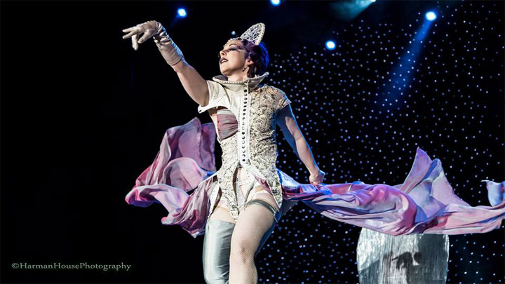 Voracious V competing for Best Debut at the Burlesque Hall of Fame Weekend 2014 Tournament of Tease.  ©Chris Harman/Harman House Photography