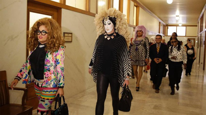 Lil Miss Hot Mess and Sister Roma lead the group to a press conference after their meeting with Facebook to discuss the Real Names Policy. ©AP Photo/Eric Risberg (Facebook Real Name Policy: A Front Line Battle Report)