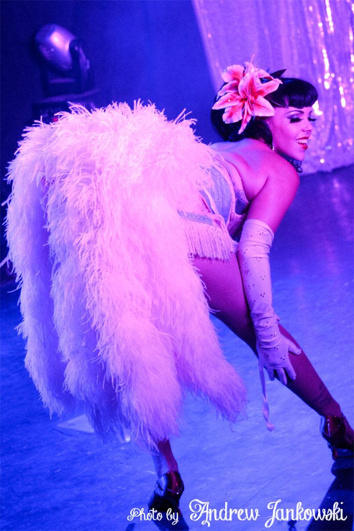 Lydia DeCarllo at the Oregon Burlesque Festival. ©Andrew Jankowski