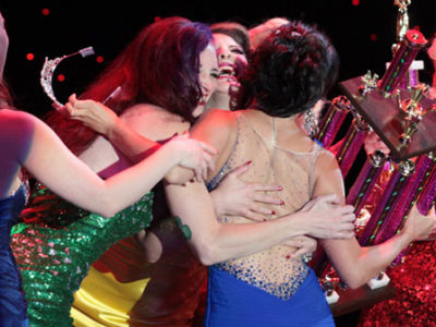 12 Tips on Supporting Friends in Burlesque Competitions