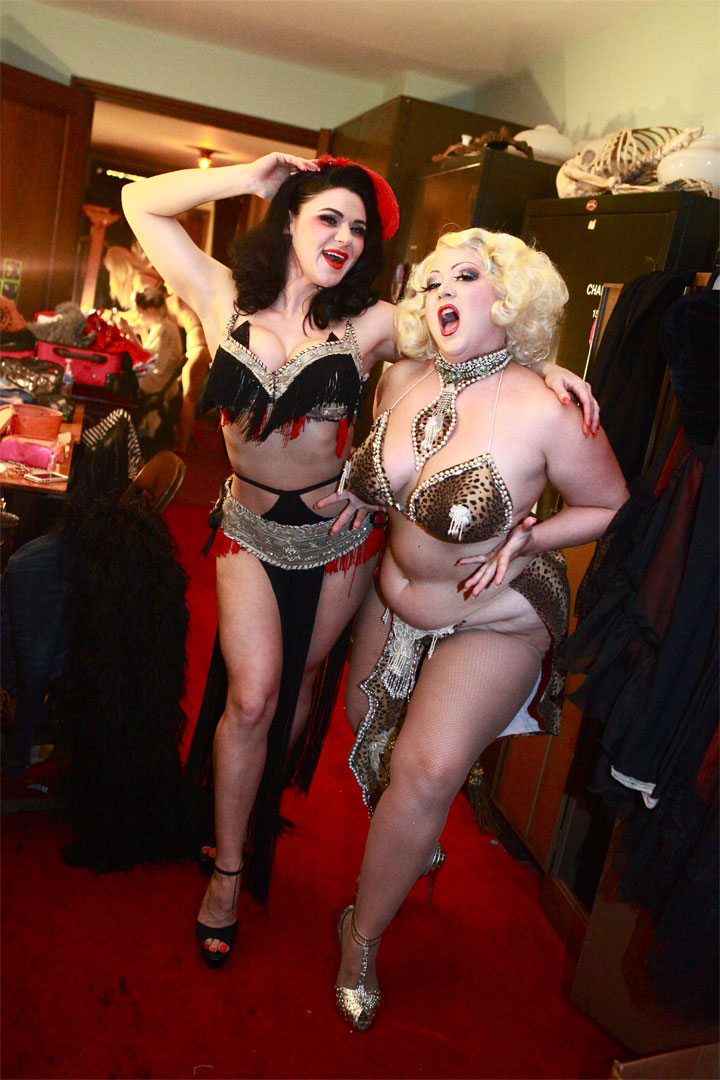 Roxi D'Lite and Dirty Martini at Theatre Bizarre 2014.  ©Neil Kendall
