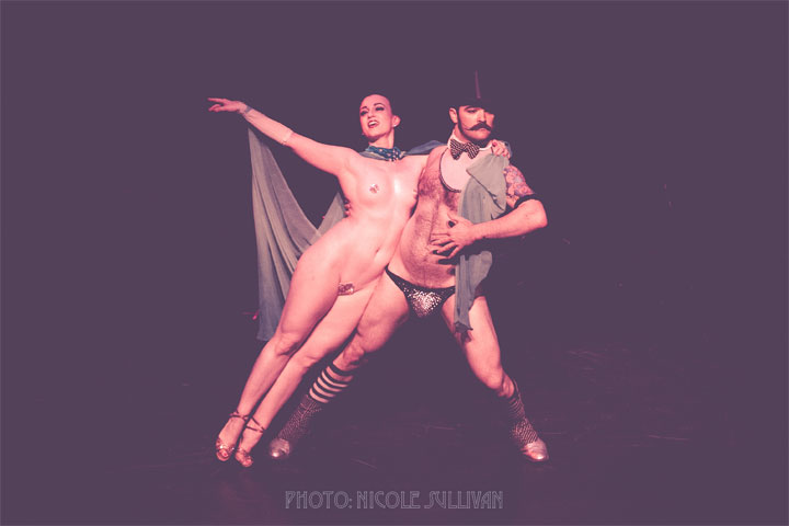 Michelle L'amour and Russell Bruner at the Iowa Burlesque Festival. ©Nicole Sullivan