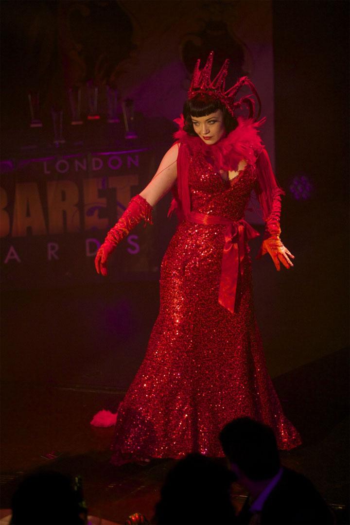 Bettsie Bon Bon performing at the London Cabaret Awards 2015.   ©Lisa Thomson