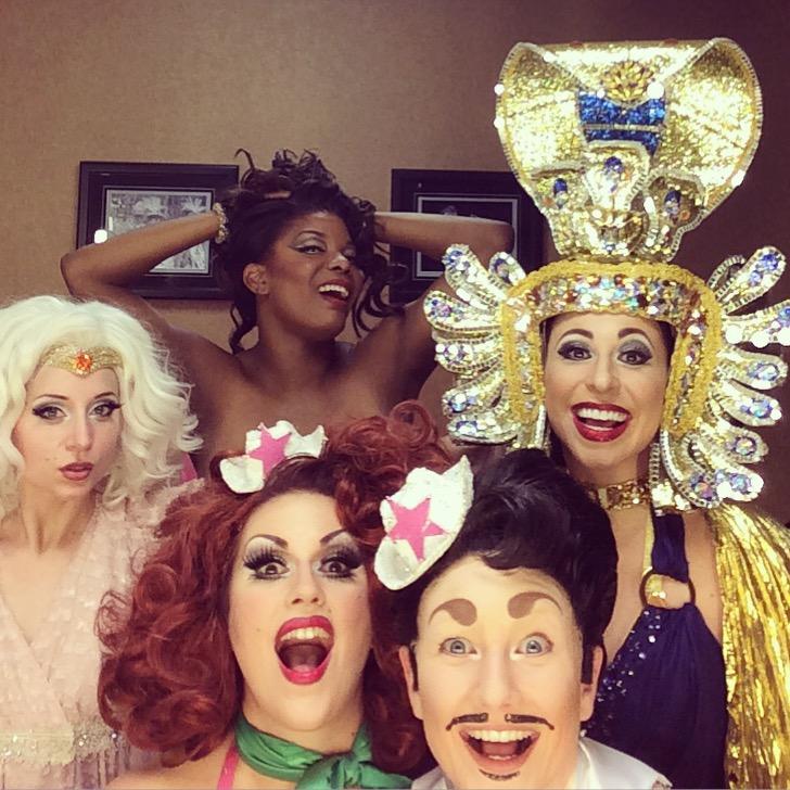 Backstage at the Viva Las Vegas 2015 burlesque showcase.  ©Kitten 'N' Lou