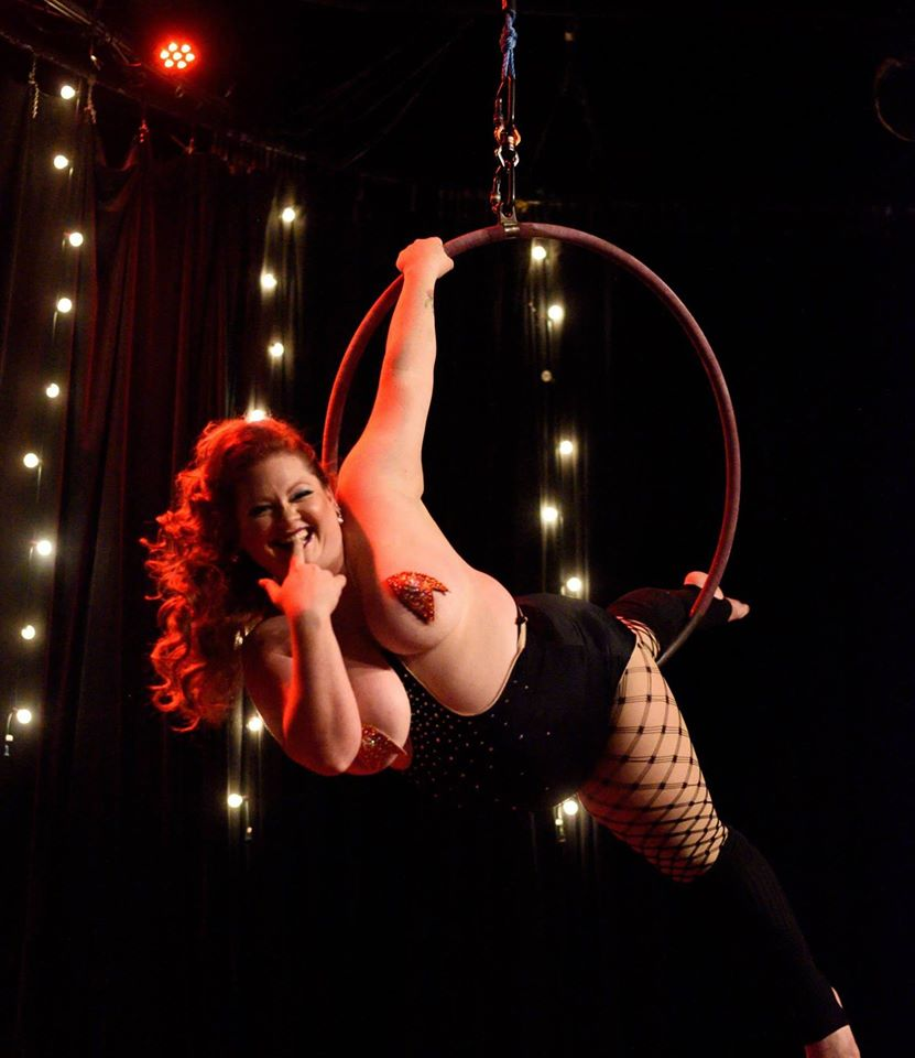 Ginger Snaps, Austin. ©Rich Merritt  (A Teasetastic Tour of Texas Burlesque)