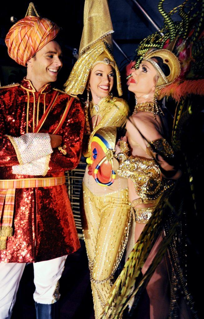 (Photo: Sandie Bertrand, Moulin Rouge)
