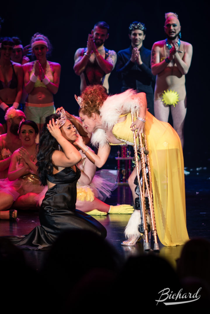 Poison Ivory is crowned Miss Exotic World, Reigning Queen of Burlesque by Reigning Queen 2015 Trixie Little at the Burlesque Hall of Fame Weekend 2016. Copyright: John-Paul Bichard for 21st Century Burlesque Magazine