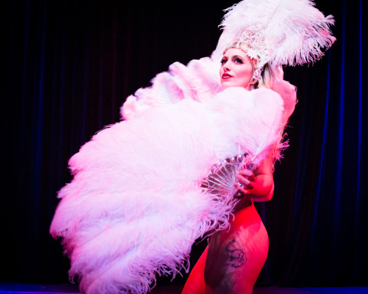 Burlesque performer Lena Mae at Hundred Watt Club, by Featherpic.co.uk