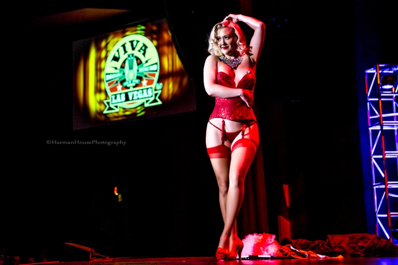 Missy Lisa in the Viva Las Vegas Burlesque Showcase, April 2016. ©Chris Harman/Harman House Photography for 21st Century Burlesque Magazine. Not to be used without permission.