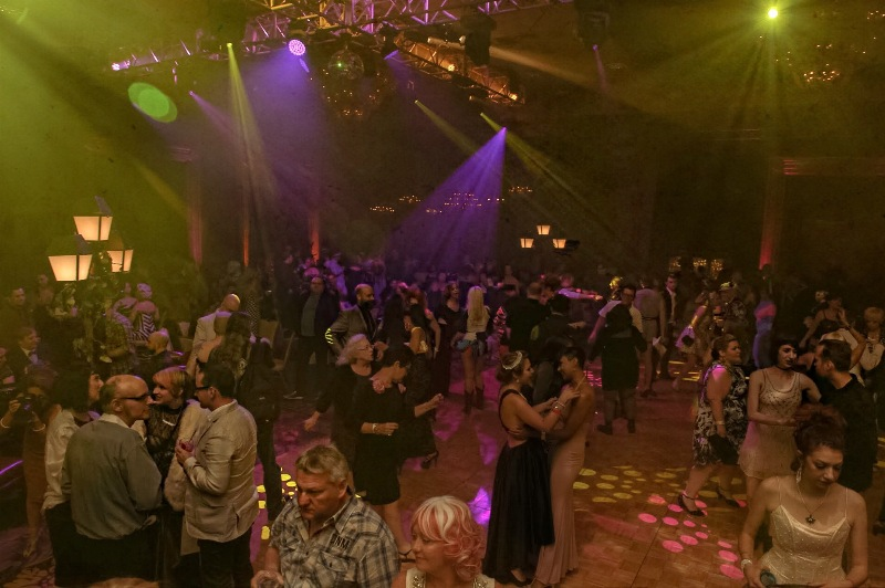 Guests at the Sublime Boudoir Burlesque Hall of Fame Weekend 2016 Afterparty.