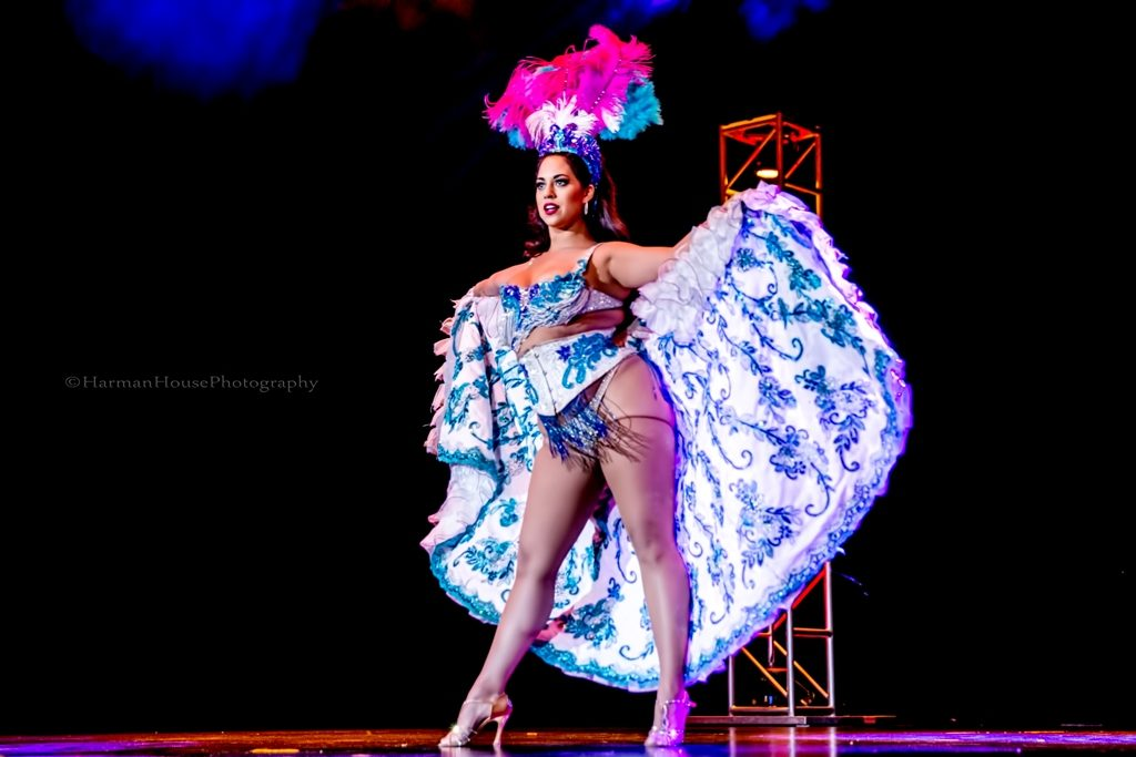 Coco Lectric in the Viva Las Vegas Burlesque Showcase, April 2016. ©Chris Harman/Harman House Photography for 21st Century Burlesque Magazine. Not to be used without permission.