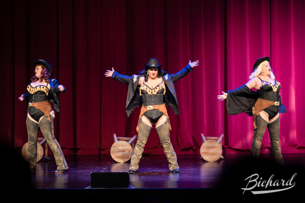 The Brazen Belles in the Movers, Shakers and Innovators showcase at the Burlesque Hall of Fame Weekend 2016. Image copyright John-Paul Bichard.