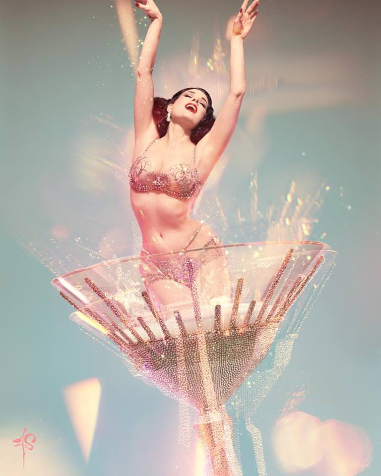 Dita Von Teese, by Franz Szony (@franzszony). Not to be used without permission.