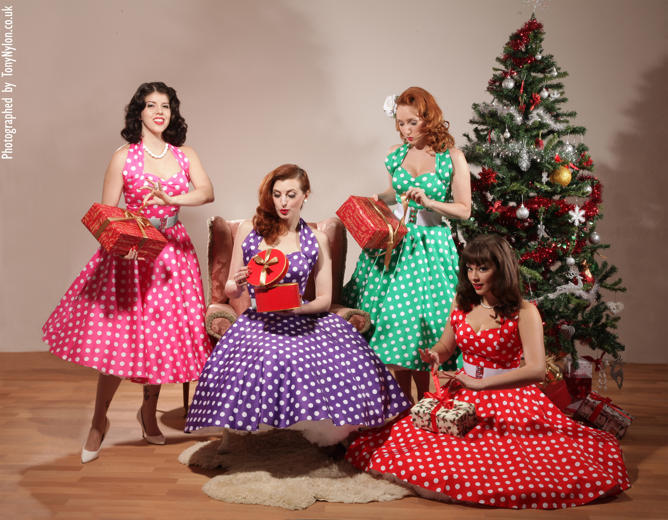Festive pinup vintage fashion at Vivien of Holloway