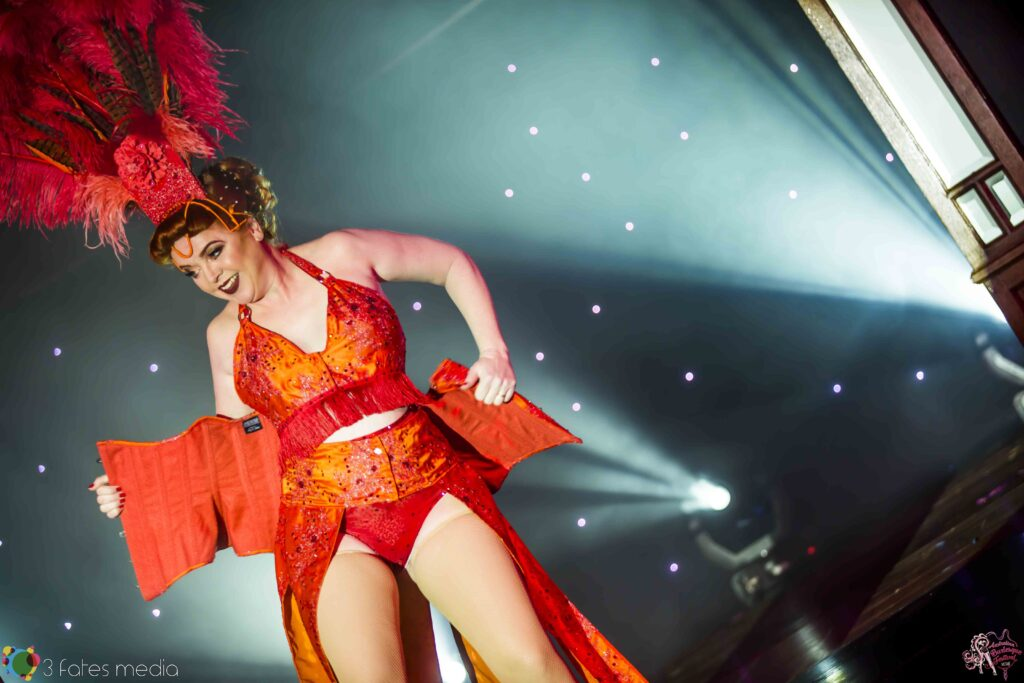 Dolores Daiquiri at the Australian Burlesque Festival 2016. Image copyright 3 Fates Media