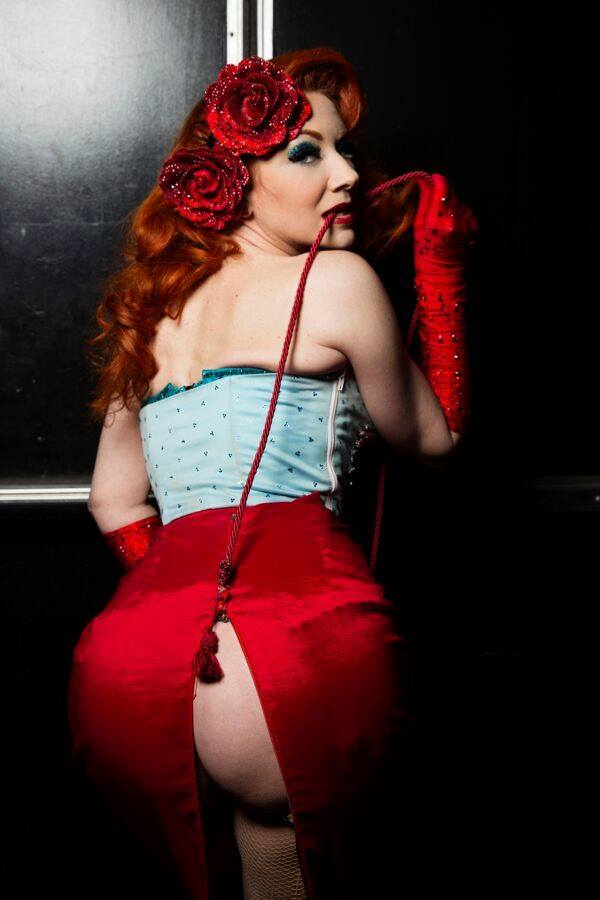 Ms Redd , star of the Burlesque Showcase at the Viva Las Vegas Rockabilly Weekend. Photo by Steve Prue.