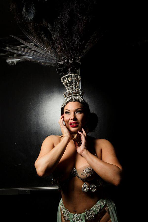 Immodesty Blaize, star of the Burlesque Showcase at the Viva Las Vegas Rockabilly Weekend. Photo by Steve Prue.