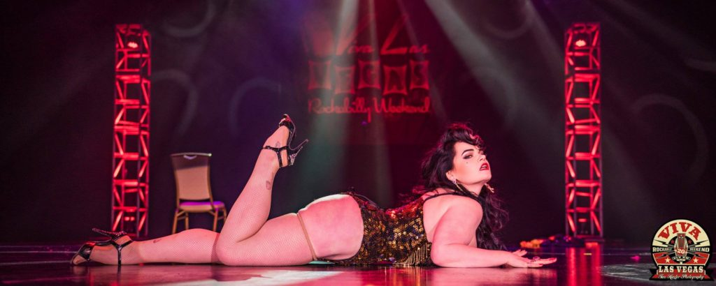 Molly Moonstone in the Miss Viva Las Vegas burlesque competition 2017. © Tim Hunter.
