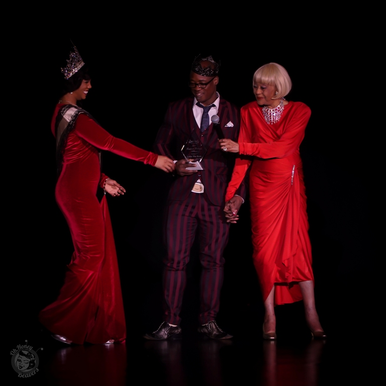 Miss Exotic World, Reigning Queen of Burlesque 2016 Poison Ivory with Ray Gunn and Toni Elling at the 60th annual Titans of Tease Burlesque Reunion Showcase at the Burlesque Hall of Fame Weekend 2017. Image by Honey Beavers, exclusively for 21st Century Burlesque Magazine