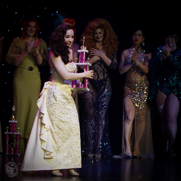 Medianoche is awarded Most Dazzling Dancer at the Burlesque Hall of Fame Weekend 2017. Image by Honey Beavers, exclusively for 21st Century Burlesque Magazine